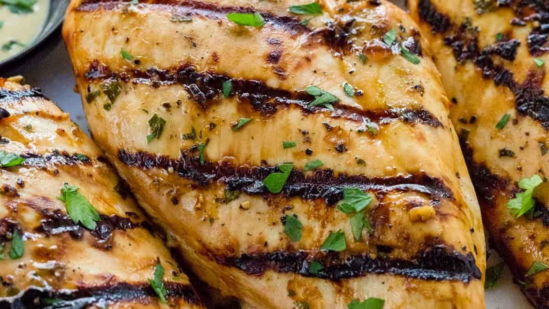 Marinated Chicken & Pulled Pork